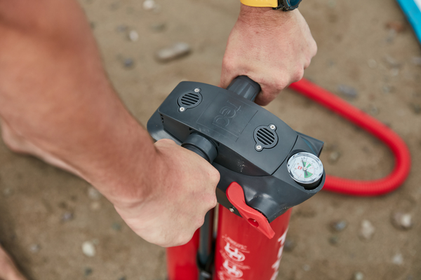 Red paddle co Snapper iSUP pump